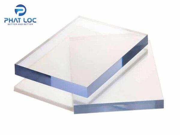 Tấm polycarbonate đặc ruột 10mm